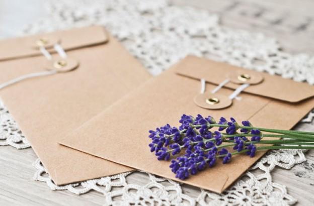 Briefumschlag mit Naturkordel